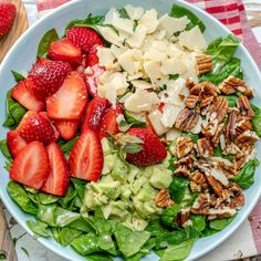 Strawberry Avocado Salad + Honey Lime Dressing 😋🍓🥑⠀ { These colors 😍😍😍 We require bright FRESH ingredients in our lives on the regular.So here's your reminder to treat yo'self this NEW week (with TH Healthy Salads, Healthy Eating, Healthy Cooking, Healthy Foods, Clean Eating Salads, Strawberry Avocado Salad, Avocado Food, Clean Recipes, Healthy Recipes