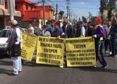 Payasos y comerciantes exigen que los dejen trabajar en el trasporte público