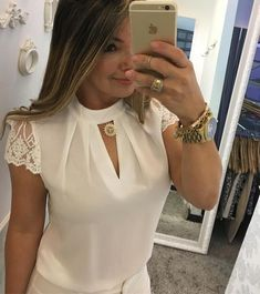 FeiTong Elegant hollow out chiffon blouse women Splice lace turtleneck summer blouse shirt Casual short sleeve blouse Size Super Moda, White Casual, White Tops, Women's Casual, Casual Outfits, Women's Summer Fashion, Short Sleeve Blouse, Crop Blouse, Blouse Designs