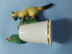 Sterling Classic Thimble Porcelain. Cat chasing by AminasAttic
