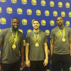 Squad back in town  - http://gswteamstore.com/2016/09/25/squad-back-in-town-%f0%9f%8f%85/