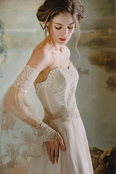 Claire Pettibone wedding dresses - Timeless Bride - Photo by Kelle Sauer Marie gown wedding dresses claire pettibone Wedding Dresses by Claire Pettibone: Timeless Bride Collection Wedding Dress Backs, Wedding Dress Gallery, Wedding Dresses, Gown Wedding, Wedding Bride, Lace Wedding, Bridal Collection, Dress Collection, Claire Pettibone Wedding Gowns