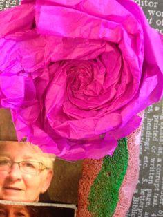dit is de roos die rechtsboven op het boek is gemaakt, de roos staat symbool voor mijn overgroot oma die een paar jaar geleden is overleden. zij hield erg van bloemen.