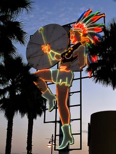 Neon sign / College Grove Shopping Center, San Diego, CA via flickr