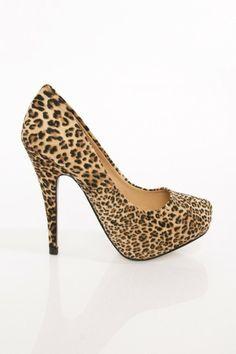 Glenda Pump in Leopard