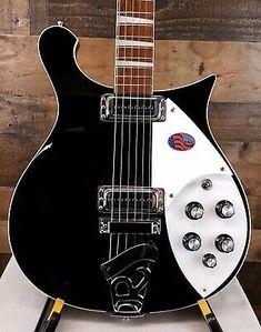 Guitar Bag, Cool Guitar, Left Handed Electric Guitars, Rickenbacker Guitar, Schecter, Bass, Instruments, Classic Rock, Music Instruments