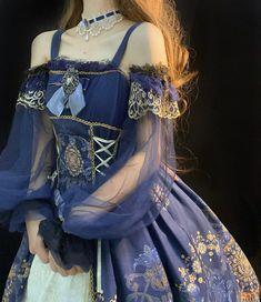 Pretty Outfits, Pretty Dresses, Beautiful Outfits, Cute Outfits, Old Fashion Dresses, Fashion Outfits, Aesthetic Fashion, Aesthetic Clothes, Estilo Lolita