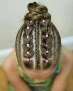 Hmm looks time-consuming but I love it! Lil Girl Hairstyles, Kids Braided Hairstyles, Princess Hairstyles, Cool Hairstyles, Teenage Hairstyles, Girl Hair Dos, Baby Girl Hair, Gymnastics Hair, Curly Hair Styles