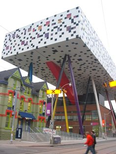 Ontario College of Art and Design, Toronto, Canada