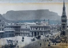 A panoramic of Greenmarket Square African History, Historical Pictures, Cape Town, South Africa, Paris Skyline, Trading Company, Building, Dutch, India