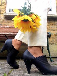 #ankleboots from #dorothyperkins #autumn #modaonthego #thereisalovestorybetweenagirlandherdress ❤️