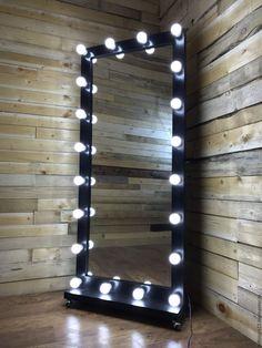 Купить Гримерное зеркало BLACK STAR - черный, зеркало, гримерное зеркало, зеркало с лампами