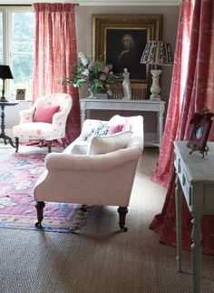 Love this look--Kate Forman sitting room. Wabi Sabi, English Country Manor, English Style, French Style, French Country, Kate Forman, Style Anglais, English Decor, Cottage Interiors