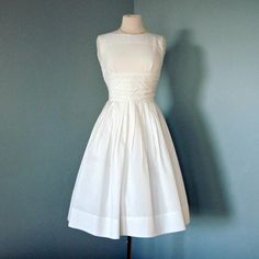 vintage 50's simple tea length wedding dress $120 WE ARE PLANNING SOMETHING SIMPLE SOON THAN THE BIG WEDDING AND THIS IS PERFECT!!!