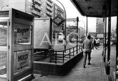 Madrid, 24/06/1981. Estación de metro de Estrecho