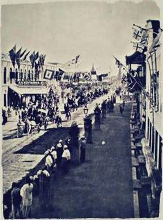 "26th Street (""B Road"") Mandalay, January 1922.  The Prince of Wales (future King Edward VIII) was then visiting together with his cousin Lord Louis Mountbatten as part of their tour of India and Burma."