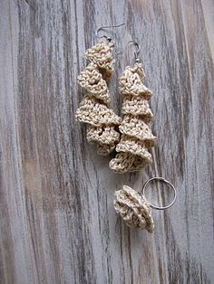 Little Treasures: Last minute gifts - Crochet earrings and ring ~ free pattern ~ great instructions w/pictures