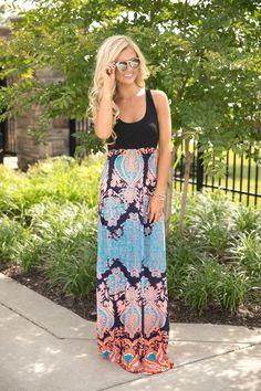 32d53610c67 760 nejlepších obrázků z nástěnky Maxi šaty v roce 2019
