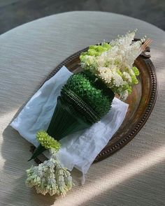 Floral Garland, Flower Garlands, Flower Decorations, Table Decorations, Church Flower Arrangements, Floral Arrangements, My Flower, Flowers, Flower Crafts