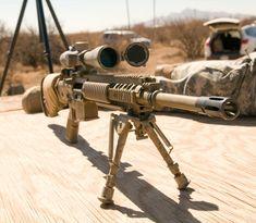 World's longest sniper kill - 2.47km twice! Military Weapons, Weapons Guns, Airsoft Guns, Guns And Ammo, Gun Vault, Sniper Training, Us Navy Seals, Custom Guns, Cool Guns