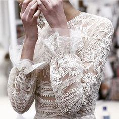 Totally unique, beautiful sleeves, unbelievable detail. For the elegant bride channeling bohemian vibes, this silk embroidered dress is perfect. Dress and regram • @naeemkhannyc #wedding #weddingdress #bridalgown #weddinggown #weddingdressideas #longsleeveweddingdress #weddinglace #laceweddingdress #bride #weddingideas #weddinginspo #weddinginspiration #silkembroidered #silkweddingdress