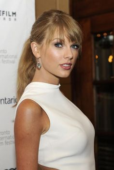 Taylor Swift Happy birthday