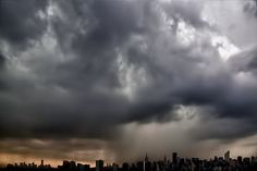 Thunderstorm rolling through #NYC today. skyline, #skyline