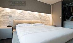 illuminazione camera da letto - Cerca con Google Home Bedroom, Bedroom Furniture, Master Bedroom, Bedroom Decor, Home Planner, Room Planning, Best Interior Design, Luxurious Bedrooms, House Design