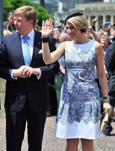 King Willem-Alexander and Queen Maxima Visit Baden-Wuerttemberg Crown Princess Victoria, Crown Princess Mary, Hollywood Fashion, Royal Fashion, Robes Glamour, Style Royal, Glamorous Dresses, Princess Madeleine, Queen Maxima