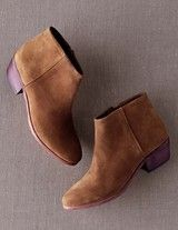 Boden Chic Ankle Boot in Raw Umber