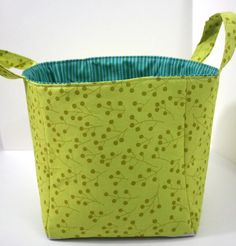 A tutorial for three graduated sizes of fabric buckets.