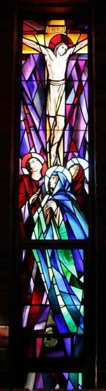 St. David's Episcopal Church, Southfield, MI -- The Crucifixion (stained glass)