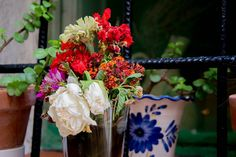 Mustias pero con encanto. #flores #flowers #mustias #picoftheday #floresmuertas #ramos #color #colour