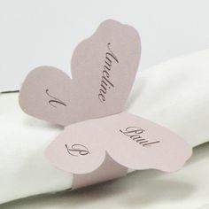 Rond de serviette papillons rose