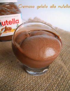 Cremiges Nutella-Eis, süßes Rezept - Cremiges Nutella-Eis, süßes Rezept Imágenes efectivas que le proporcionamos sobre ricetta torta U - Gelato Flavors, Gelato Recipe, Nutella Recipes, Sweets Recipes, No Cook Desserts, Frozen Desserts, Homemade Sorbet, Gelato Homemade, Love And Gelato