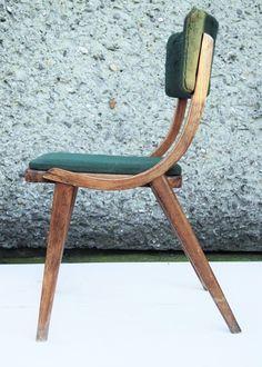 Krzesło z 1970 roku / typ: A-5942 Var Producent: Zakłady Mebli Giętych Radomsko, FAMEG.