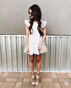 HelloMolly Fashion  #ShopStyle #ootd #summerfashion #lookoftheday #currentlywearing #getthelook #ootdshare #wiwt #wiw #vsco #fashion #style #fashionblogger #whatiwore #sunny #outfitoftheday #blogging #FelizLunes #feminine #dresses #ootdmagazine