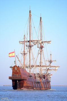 GALEON ANDALUCIA Corvette Cabrio, Chevrolet Corvette, Mercedes Stern, San Francisco Pictures, Carl Benz, Old Sailing Ships, Boat Lights, Abandoned Ships, Wooden Ship