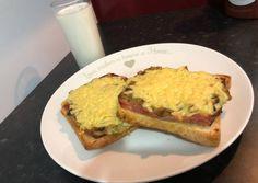 Gombaszószos melegszendvics Ketchup, Food, Essen, Meals, Yemek, Eten