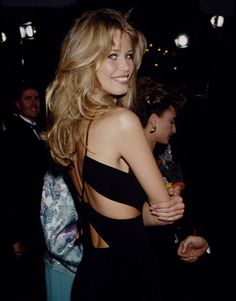 Claudia Schiffer - blonde layers
