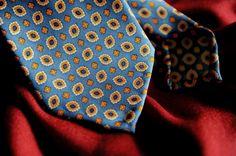 Bespoke vintage ancient 7 folds by Passaggio Cravatte for order info@passaggiocravatte.com