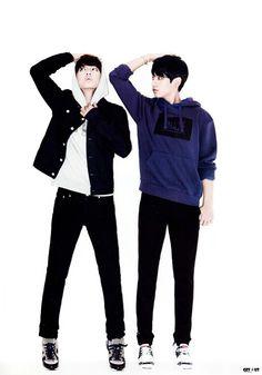 V & Jungkook | BTS. I totally loooooooove this pic!!!! Is such a cute!!! Awww! I trying draw it ;)