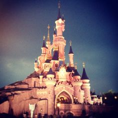 Disneyland Paris, Study Abroad, Barcelona Cathedral, Taj Mahal, Dreams, Places, Travel, Life, Viajes