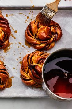How to Make and Shape The Glazed Cinnamon-Cardamom Buns from Paris's Circus Bakery - Epicurious Bun Recipe, Rolls Recipe, Cinnamon Recipes, Cinnamon Rolls, Brown Sugar Syrup, Food Articles, Bakery Recipes, Cupcake Recipes, Food Menu