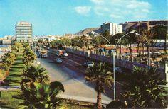Calle León y Castillo a la altura del Metropol.1965.