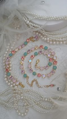 New SUGAR LAND. 8mm Genuine Swarovski Crystal Necklace. Sugary Sweet twinkling Pinks and Glowing Opals set in Rich Yellow Gold. Must See.