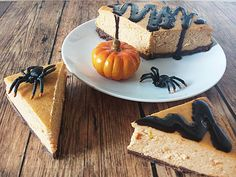 Sütőtökös sajttorta recept Muffin, Dairy, Pumpkin, Cheese, Vegetables, Food, Halloween, Diet, Cakes