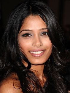 """FREIDA PINTO, """"I still consider myself to be a regular Mumbai girl,"""" she told Blackbook. """"I'm just one that has been extremely blessed. Freida Pinto, Beautiful Eyes, Most Beautiful Women, Beautiful People, Oval Face Shapes, Brown Eyed Girls, Facial, Penelope Cruz, Belleza Natural"""