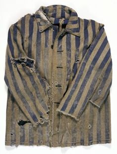 Majdanek served as a slave labour camp that provided materials and manpower for German construction projects in occupied Poland and the Soviet Union. This jacket is part of the uniform worn by prisoners at Majdanek. UNI 11110.