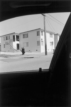 Henry Wessel, Incidents No.7© Henry Wessel, courtesy Pace/MacGill Gallery, New York